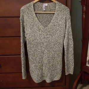 Grey/white v neck sweater